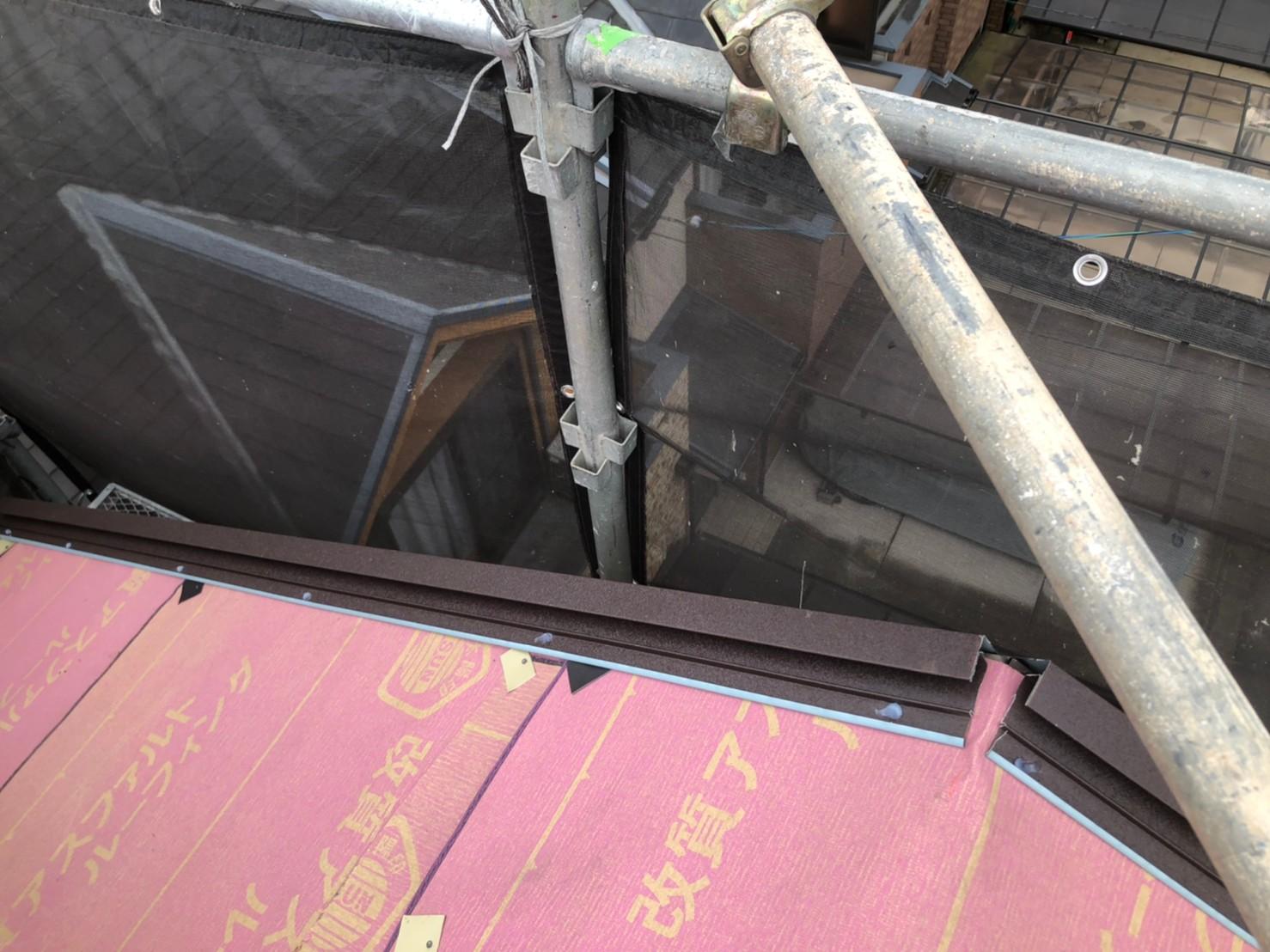 京都府京都市南区にて築年数30年のカラーベスト屋根リフォーム工事
