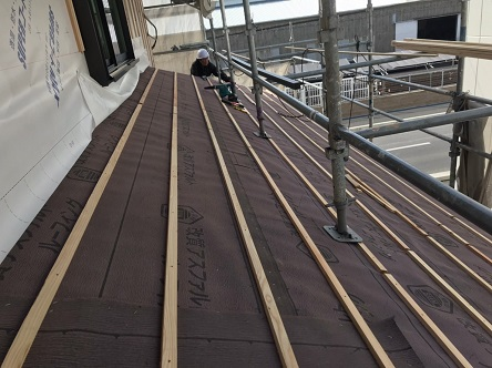 防水シート瓦桟