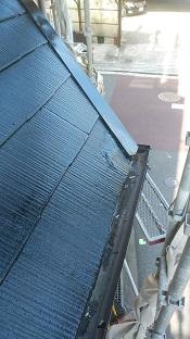 木津川市で割れたカラーベスト交換と庇板金交換の屋根工事