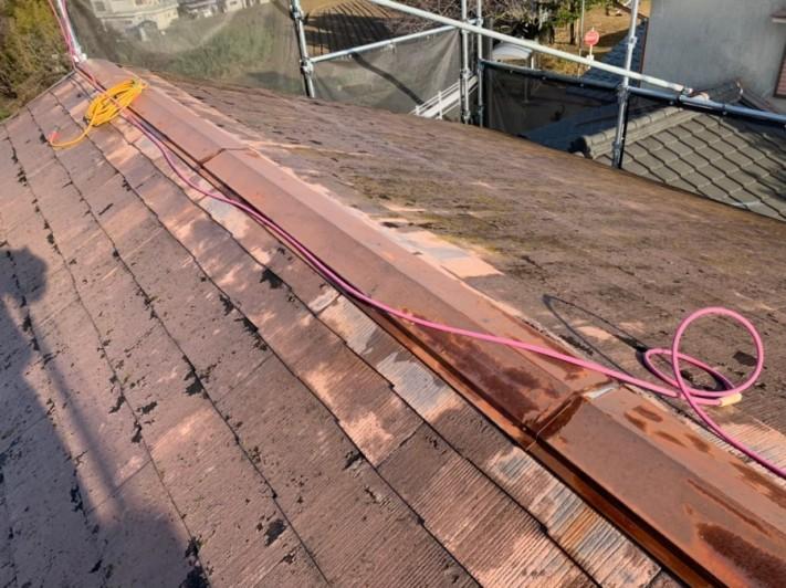 劣化して雨漏りしていコロニアル屋根