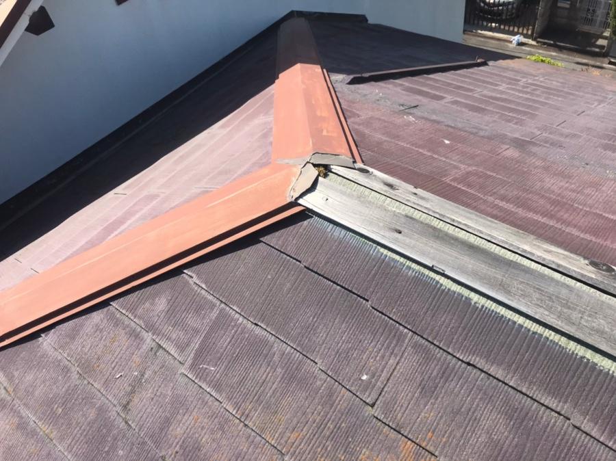 京都府城陽市にて棟板金の飛散による雨漏り補修工事|棟板金交換