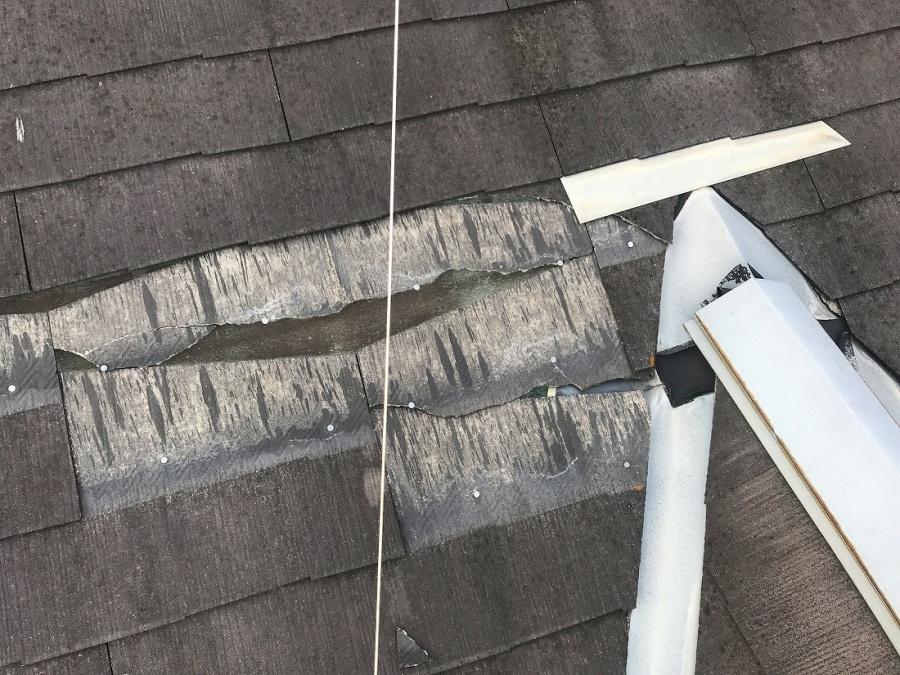 カラーベストが抜け落ちた屋根