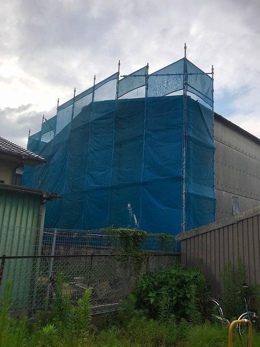 スレート材を使用した倉庫