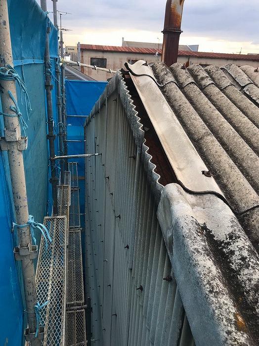 倉庫ケラバ損傷箇所