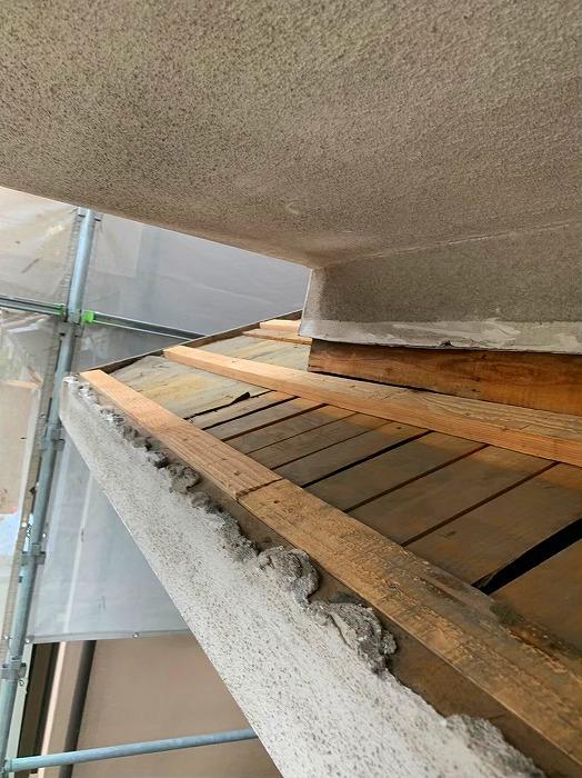 小屋根葺き替えセメント瓦めくり