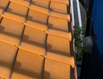 釉薬瓦屋根(オレンジ)万十ラバー済み