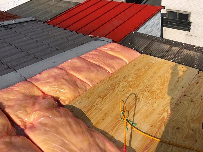 屋根断熱材